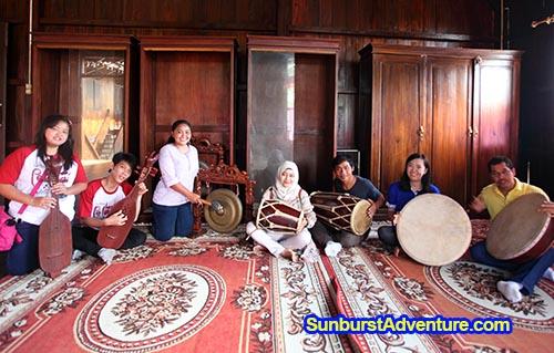 rumah-adat-belitung-tanjung-pandan